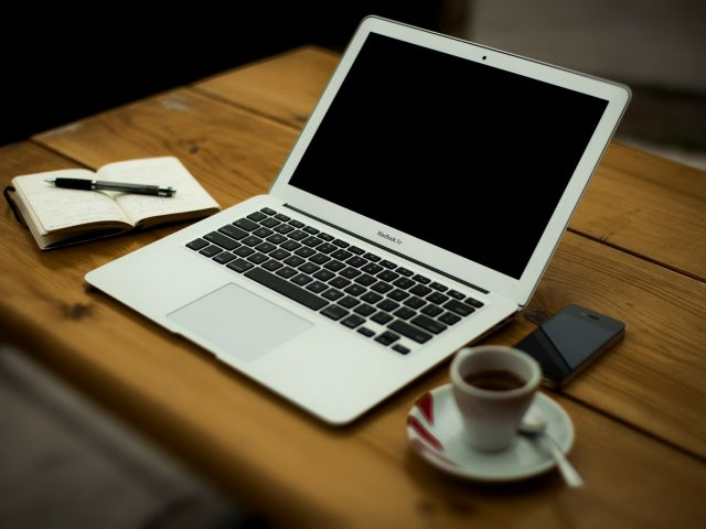Three Reasons Why You Should Hire a Virtual Assistant